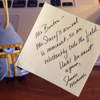 Medieval minion holding sticky note